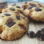 Cookies aux pépites de caramel au beurre salé et sirop d'érable