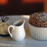 Soufflés au chocolat / sarrasin et sa sauce caramel beurre salé